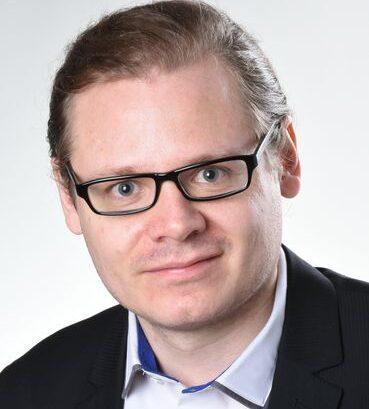 Andreas Hogg CEO